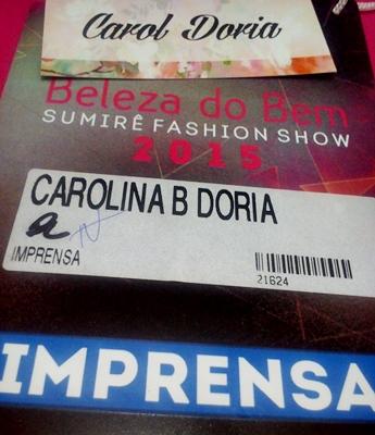 blogueira-credencial-imprensa-feira-beleza-do-bem-sumirê-carol-doria-2015