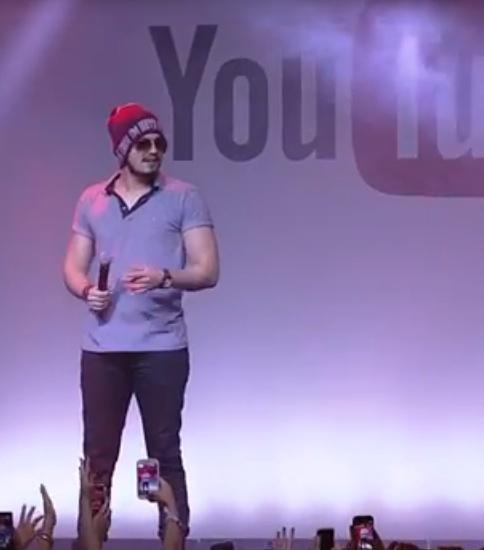 luansantana-youtubefanfestbrasil2015-carol-doria2015