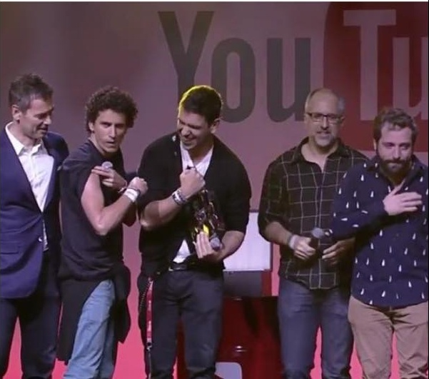 portadosfundos-youtubefanfestbrasil2015-carol-doria-2015